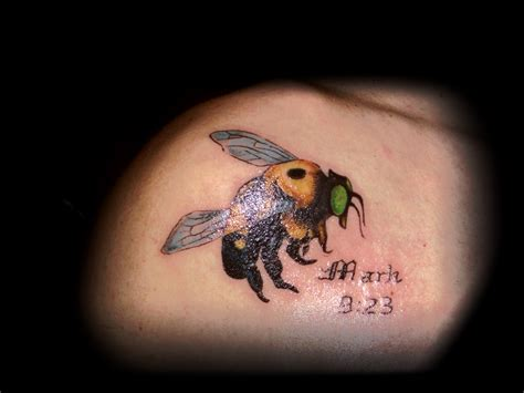 bumble bee tattoo inked138 tattoos bumble bee