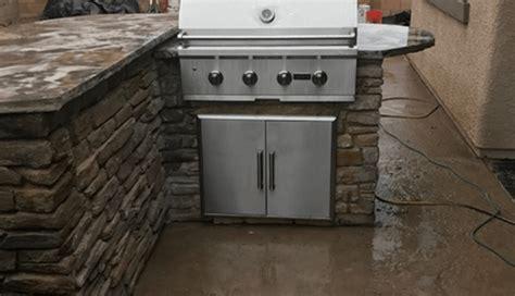 premier outdoor kitchens premier outdoor kitchen bbq island installer serving