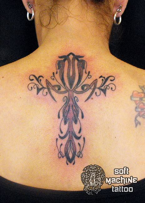 25 amazing cross tattoos tattoo me now