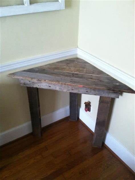 diy pallet corner desk and pallet table pallets designs
