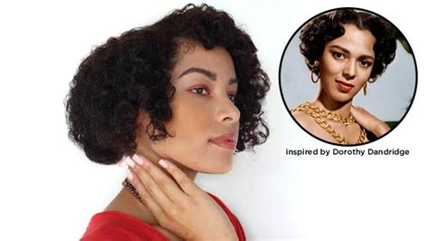 1920s naturally curly glamorous old hollywood bob for naturally curly hair