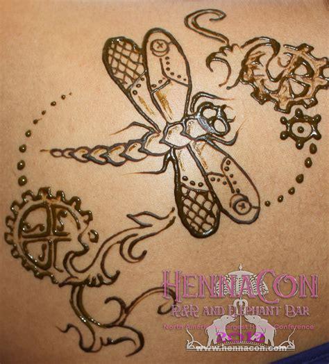 henna tattoo artist winnipeg dragonfly steunk winnipeg henna hasina mehndi