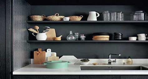 Merveilleux Range Bouteille Pour Cuisine #5: Rangement-cuisine-deco-pour-une-cuisine-sans-placard.jpg
