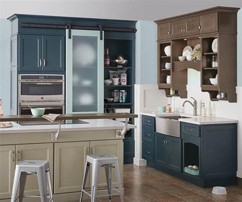 Neutral Kitchen With Blue Cabinets Homecrest Homecrest Kitchen Cabinets