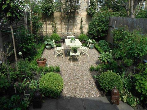 urban backyards small urban garden design ideas quiet corner