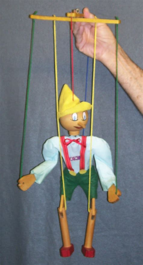 string puppet pull string puppet