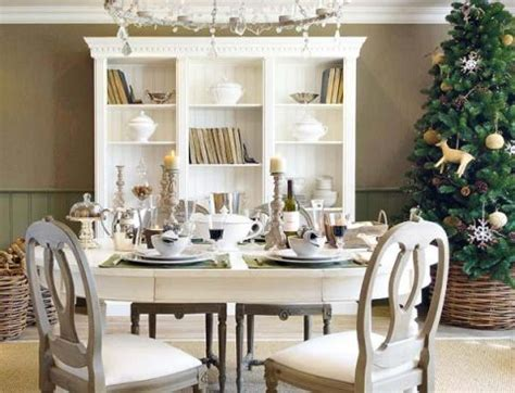 How To Decorate Your Dining Room Table How To Decorate Dining Room Tables Interior Design