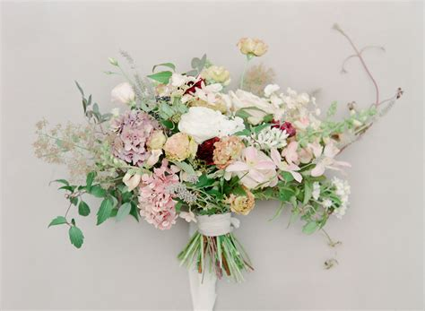 Wedding Bouquet Budget by 5 Tips For Creating A Budget Friendly Wedding Bouquet