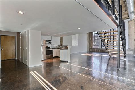 Adam Hats Lofts   Apartments in Dallas, TX