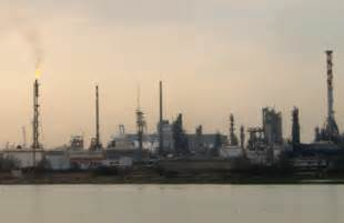 porto marghera venezia citt 224 di venezia manutenzione alla raffineria eni di