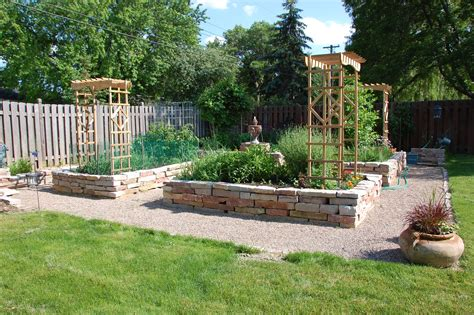 Raised Bed Garden Layout A Garden Saves Your Grocery Bill I M No June Cleaver