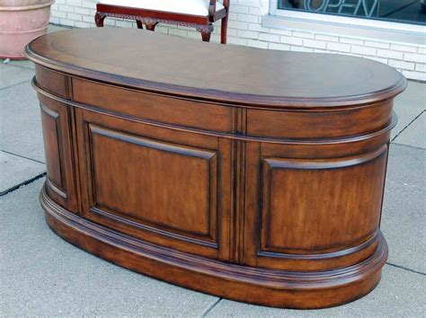Kidney Shaped Executive Desk Vintage Vitrine Kidney Shaped Cabinet Removable Tray Accent Table Desks Station Small Spaces