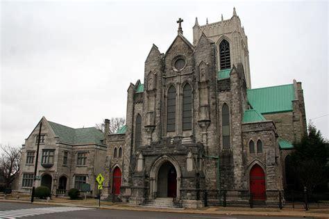 downtown memphis churches