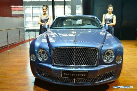 7 Cars For That Rock by Models And Fancy Cars Rock Hangzhou Auto Show
