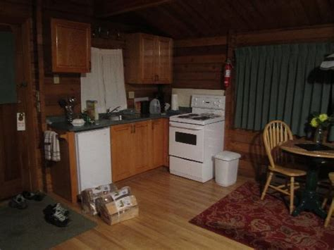 Point No Point Cabins by Cabin E Picture Of Point No Point Resort Sooke