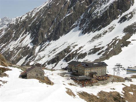 dresdner hutte stubaier gletscher