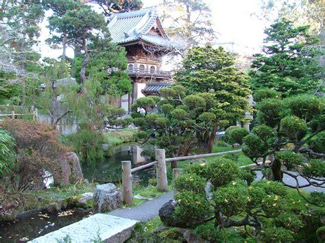 gold stuff beautiful japanese gardens