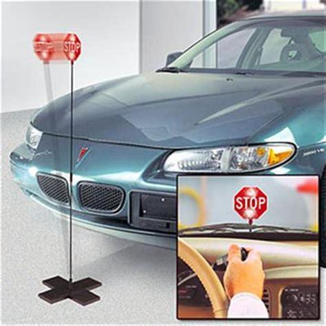 garage car park park n place garage parking light stop sign 77102