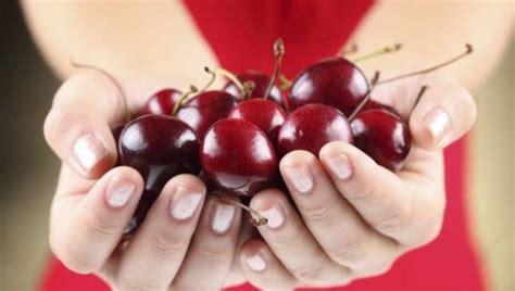 alimenti diuretici e drenanti i diuretici naturali