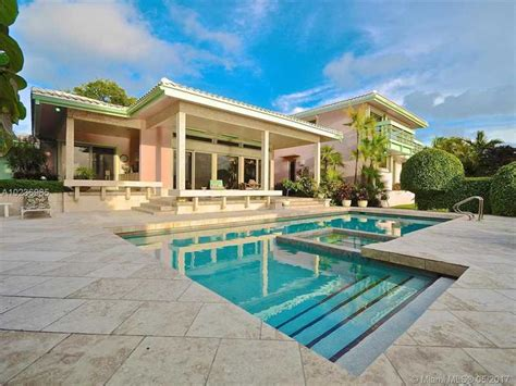 Coral Gables Luxury Homes The Most Jaw Dropping Homes For Sale In Coral Gables Fl Miami Luxury Properties