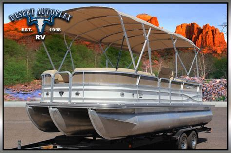 brand new pontoon boats forest river 3 0 performance package pontoon boat 150hp