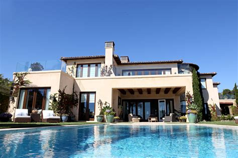 real housewives houses best real housewives homes tour yolanda h foster s house and closet bravo tv