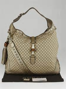 Gucci Safiano 9885 4 gucci beige gold diamante canvas bamboo new jackie large shoulder bag yoogi s closet