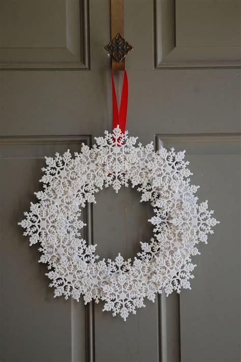 wreath decorations 25 unique snowflake wreath ideas on pinterest diy