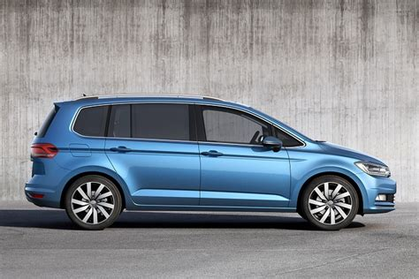the vw touran that gives you choices auto mart