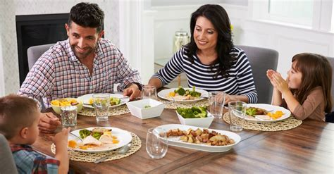 family dinner how to encourage your family at the dinner table
