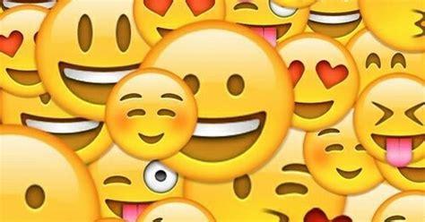 wallpaper emoticonos emoji wallpaper wallpaper pinterest tapeten