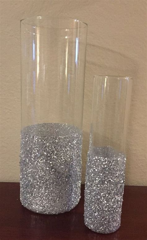 Cylinder Glass Vases For Centerpieces by 17 Best Ideas About Cylinder Centerpieces On