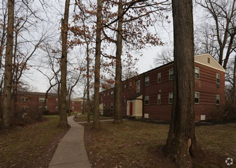 Oakwood Gardens Apartments by Oakwood Gardens Rentals Lansdale Pa Apartments