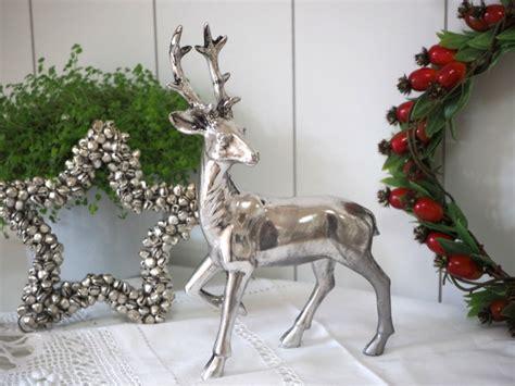 Weihnachtsdeko Fensterbank Silber hirsch silber stehend tischdeko deko adventskranz