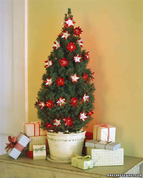 martha stewart pet safe christmas tree twinkling flowers martha stewart