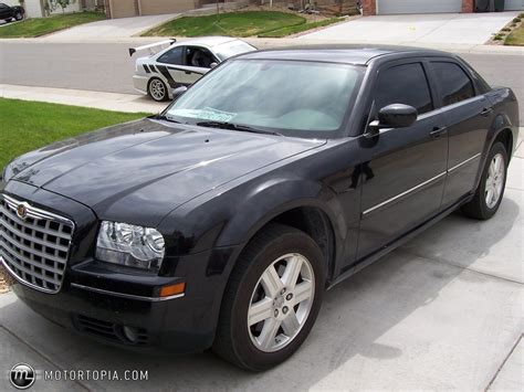 Chrysler 300 Msrp by 2006 Chrysler 300 News Reviews Msrp Ratings With