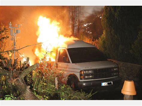 feuer haus soyen bilderstrecke vom brand haus und auto in
