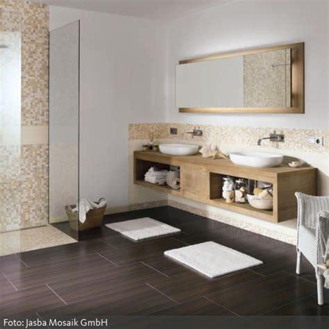 Stein Fliesen Badezimmerwand by Die Besten 17 Ideen Zu Mosaikfliesen Auf