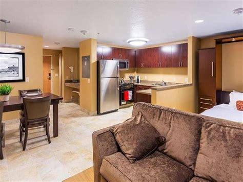 soggiorno angolo cottura soluzioni angolo cottura in soggiorno la cucina consigli per