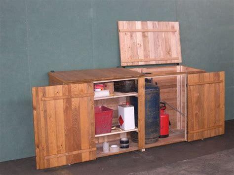costruire armadietto in legno armadietti da esterno armadi di servizio