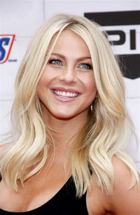 new hair styles blonde age 33 best 25 medium length blonde hairstyles ideas on