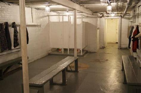 the locker room the hickory locker room picture of hoosier knightstown tripadvisor