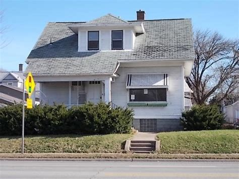 muscatine houses for sale 615 park ave muscatine ia 52761 detailed property info foreclosure homes free