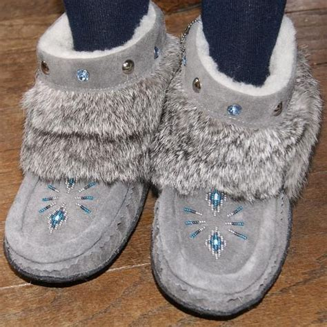 Handmade Mukluks Canada - rabbit fur black and minis on