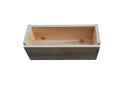 rectangle planter box 16 quot cedar rectangle planter box