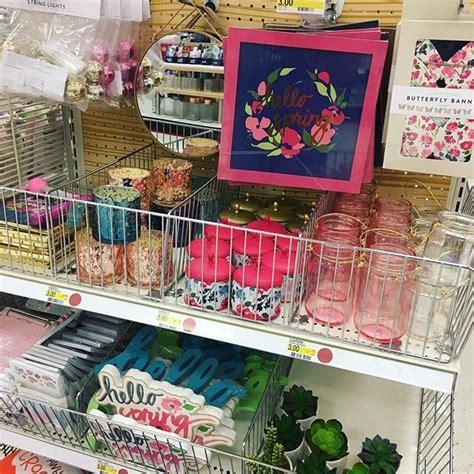 escritorios en target the spring target dollar spot items are beautiful