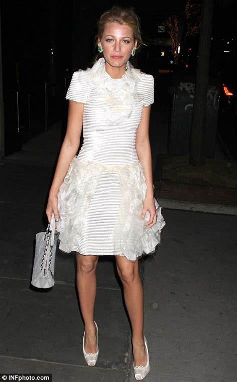 Old World Dining Room Blake Lively Takes Fashion Inspiration From Black Swan In