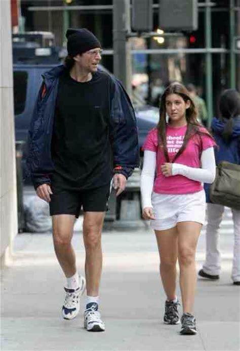 crossdressing weekend getaway nyc howard stern walking with his daughter ashley howard
