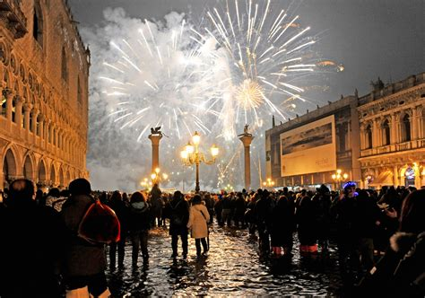 how is new year vacation new years in venice vacations venice