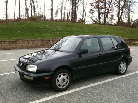 1997 Vw Gulf by 1997 Volkswagen Golf Information And Photos Zombiedrive